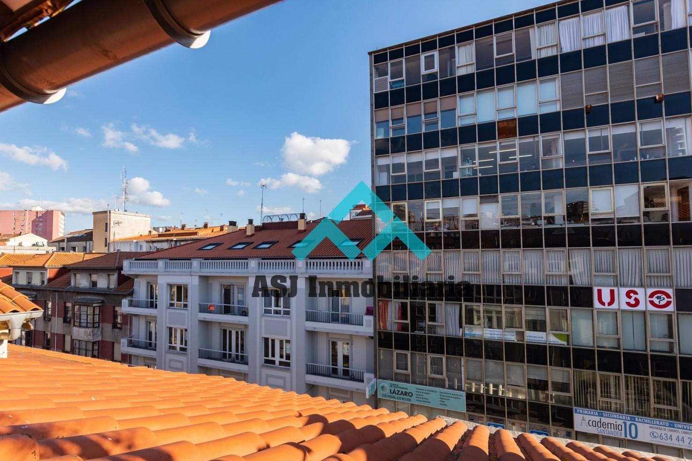 Coqueto piso en c/ Burgos Santander