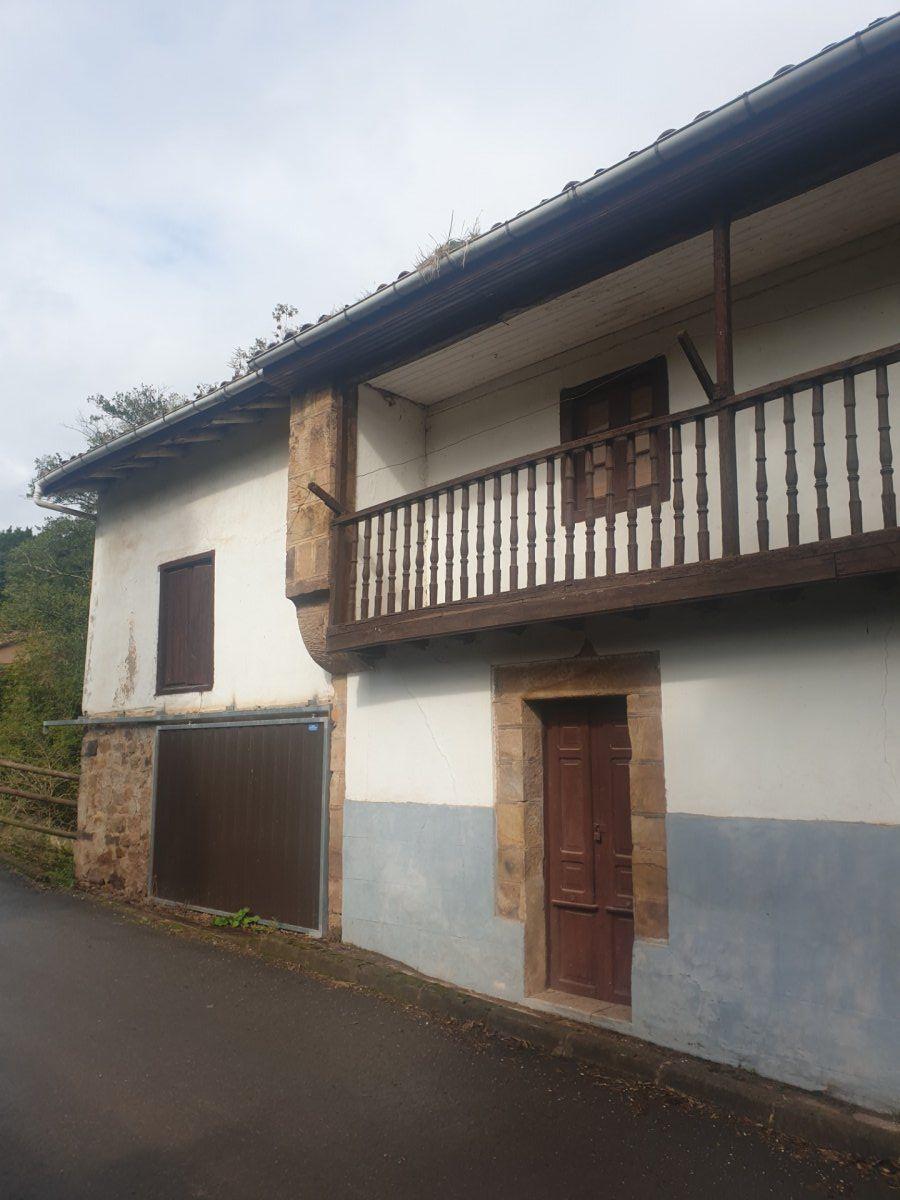 Casa de piedra en venta en Coo